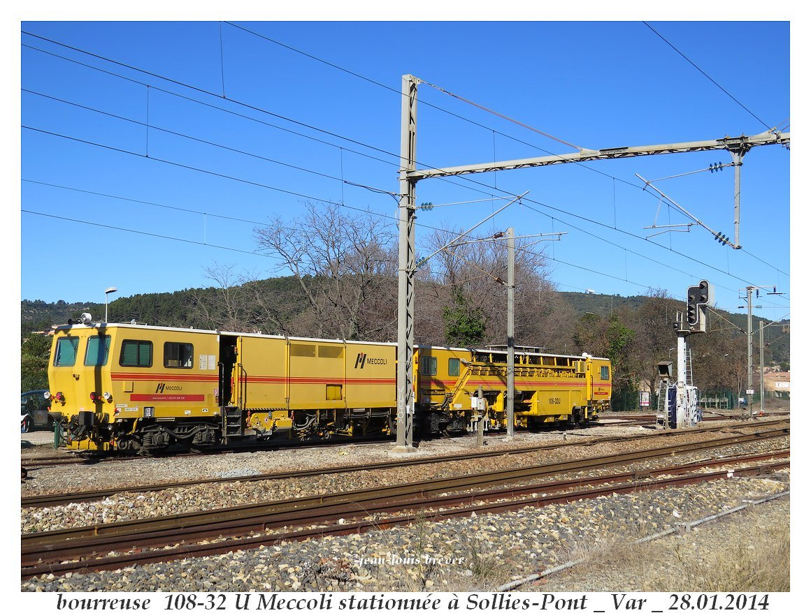bourreuse  108-32 U_Sollies-Pont 83 a.jpg